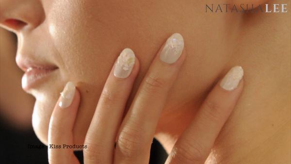 nail trend pearl glitter nailart