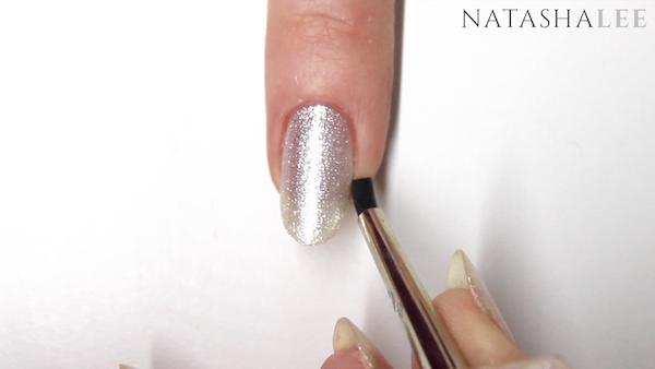 nail trend pearl glitter nail art