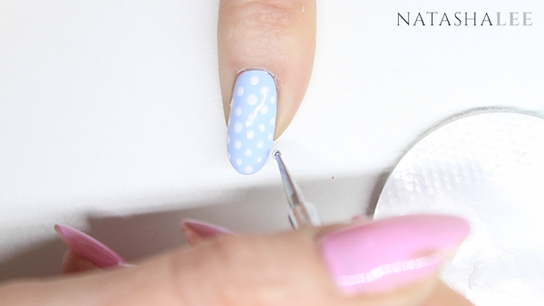 dotty heart nail art