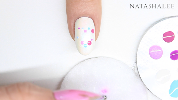dotty heart nail art designs