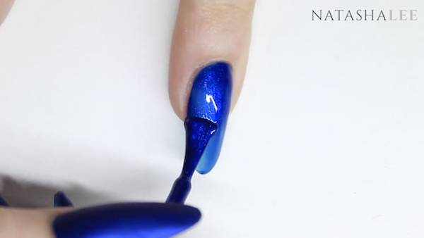 blue matte nails with crystals